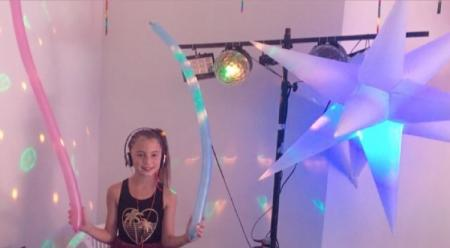 Balada Teen e Kids / Neon