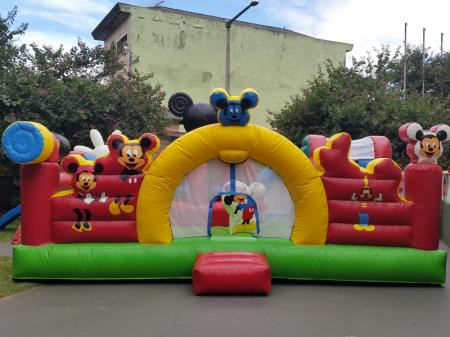 Kiddie Play Mickey - Medida Necessária para a montagem: 6,70 x 6,70