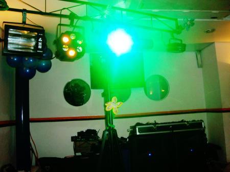 Iluminação para balada teen